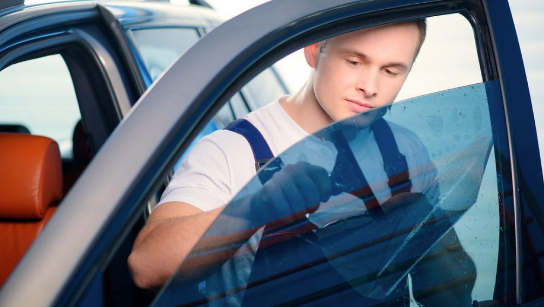 איפה עושים השחרת חלונות לרכב חדש?