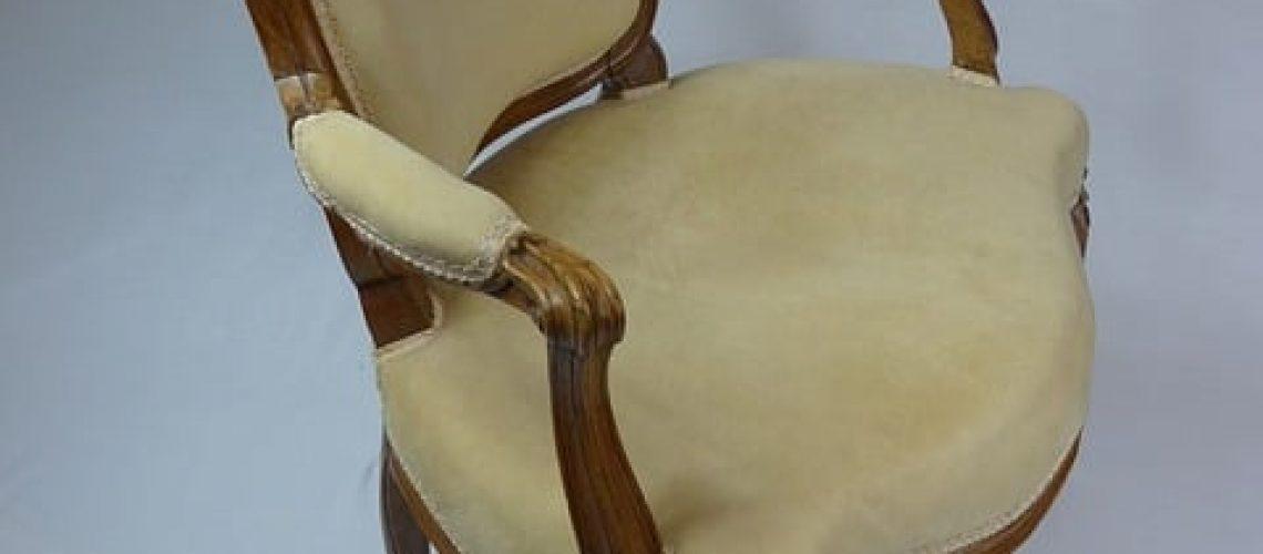 רסטורציה של רהיטים עתיקים, אפשר לשמר את העבר