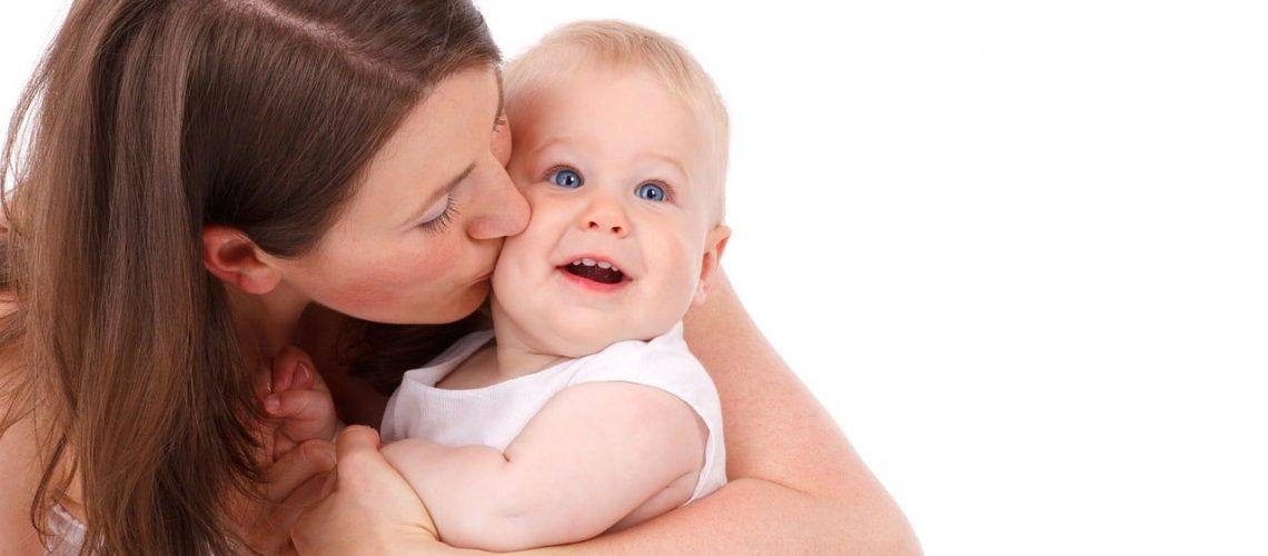 7 דרכים לבלות בזמן איכות עם התינוק החדש