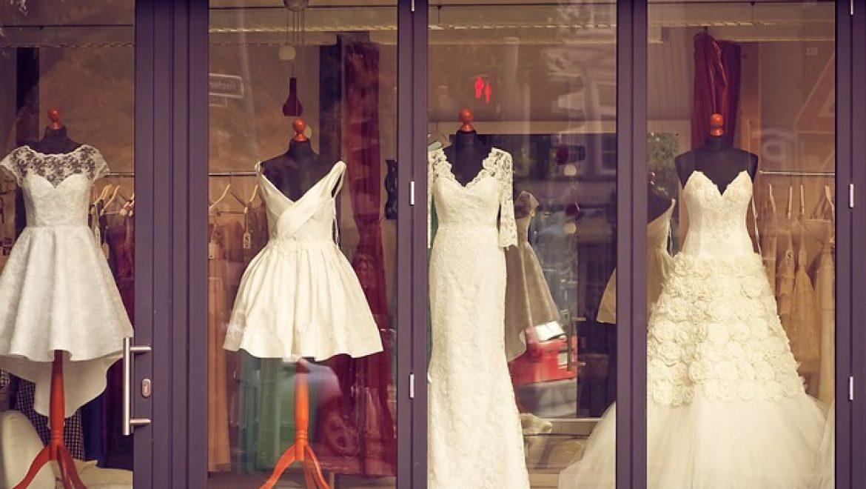 איך בוחרים מעצבת שמלות כלה