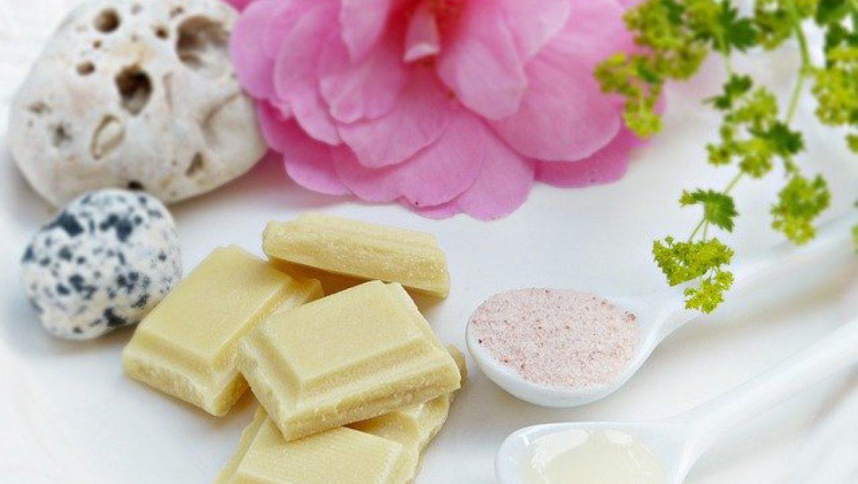 פילינג טבעי – האם הוא בריא לעור הגוף
