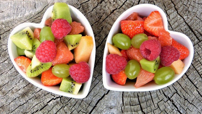 סלסלת פירות – מתנה מושלמת ליולדת