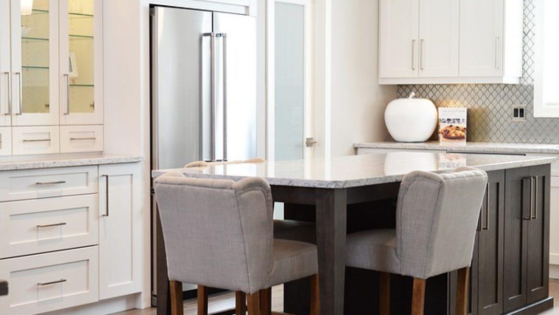 כיצד לבחור נכון כסאות בר לבית