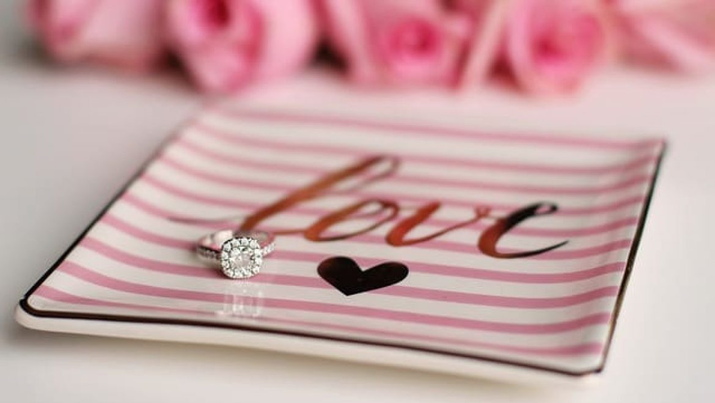 טבעות אירוסין מיוחדות לנשים