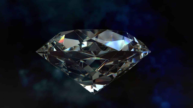 שחור זה הלבן החדש – טבעת יהלום שחור