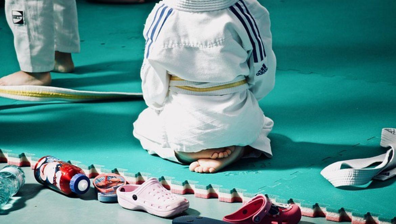איך בוחרים חליפת ג׳ודו לילדים?