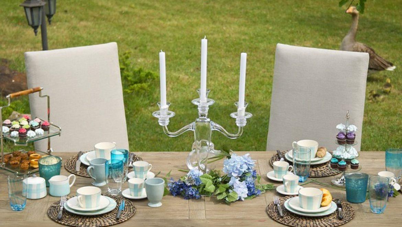 שולחן נפתח לגינה – מאיזה חומר עדיף לקנות?