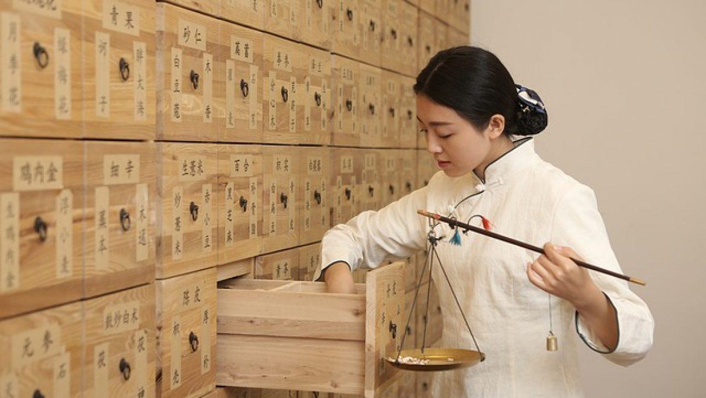 האם הרפואה הסינית יעילה מהרפואה המערבית