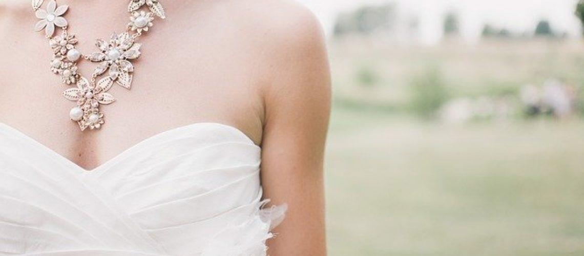 שמלות כלה יד שניה באתר BeBride