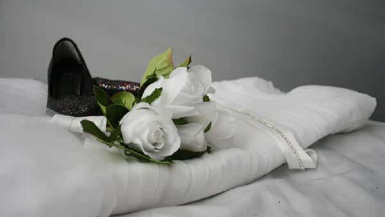 איך תדעו כיצד להתלבש לקראת החתונה?