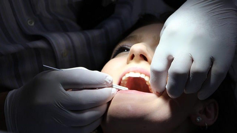 ביטוח שיניים קולקטיבי – מי, מתי ואיפה אפשר לעשות?